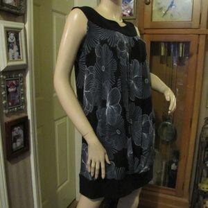 Glamour Dresses - Glamour Black & Gray Floral Dress size 10
